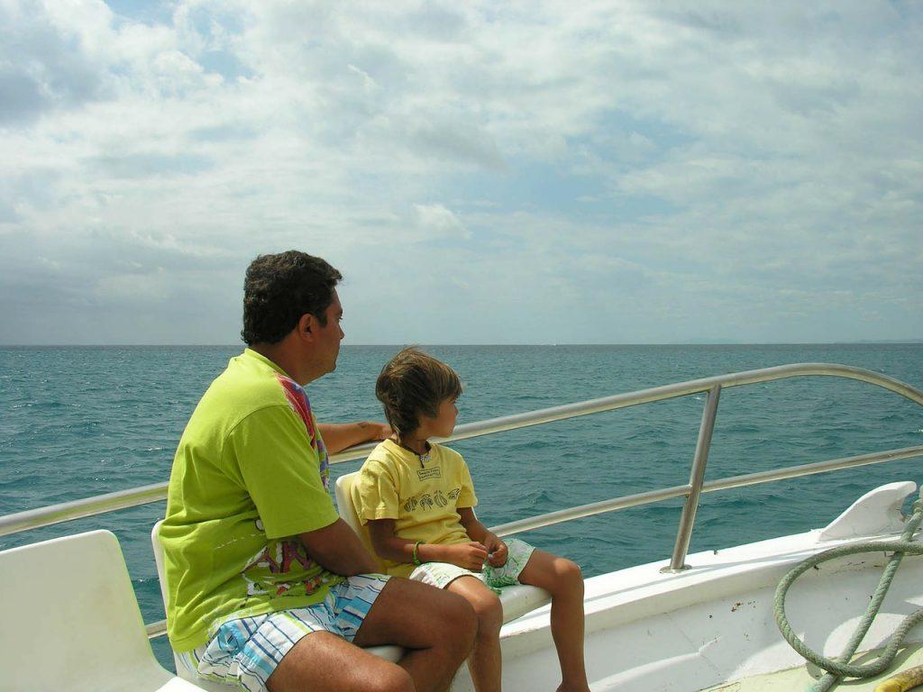 viajar-en-barco-con-niños