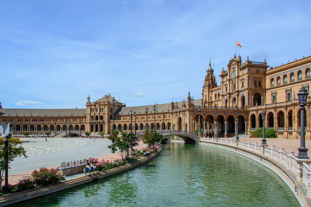 Sevilla, entre las ciudades más felices de España