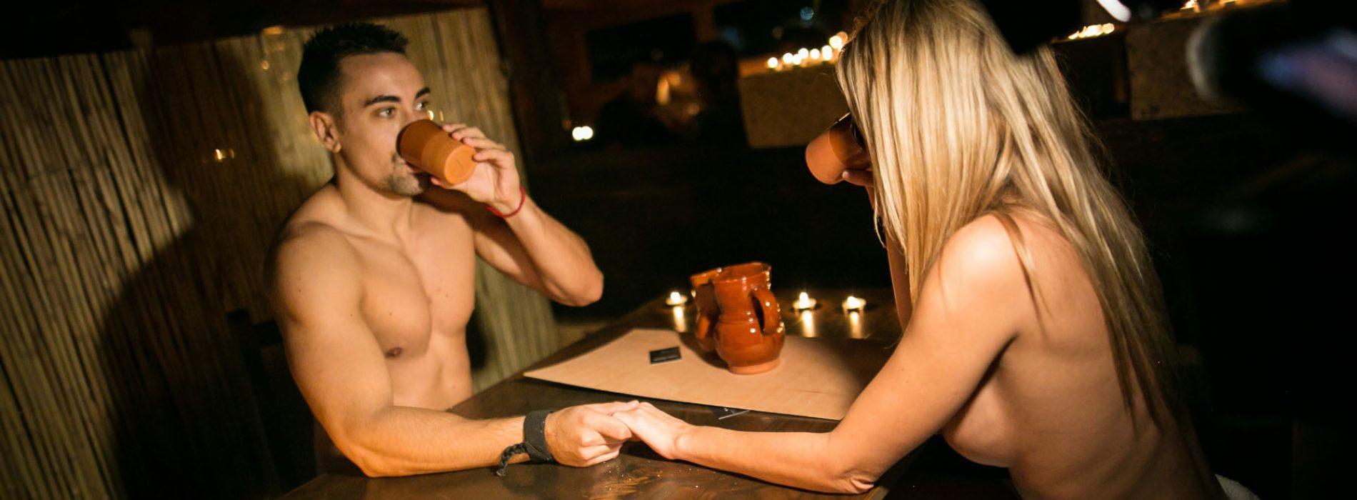 Innato: el primer restaurante nudista de España