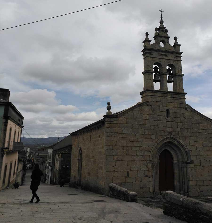 Iglesia de San Salvador en Sarria.