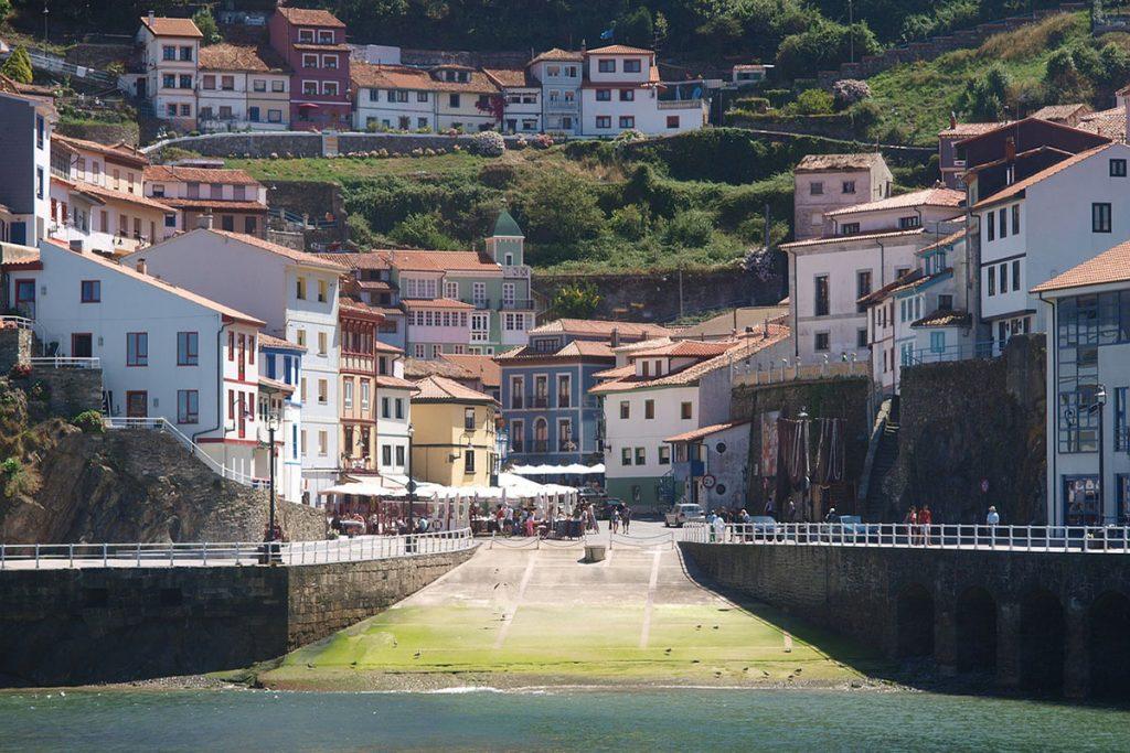 Qué hacer en Asturias: visitar Cudillero