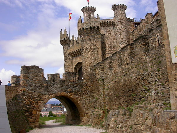 castillo templario de Ponferrada, en el Bierzo