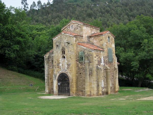 Iglesia de San Miguel de Lillo en Oviedo